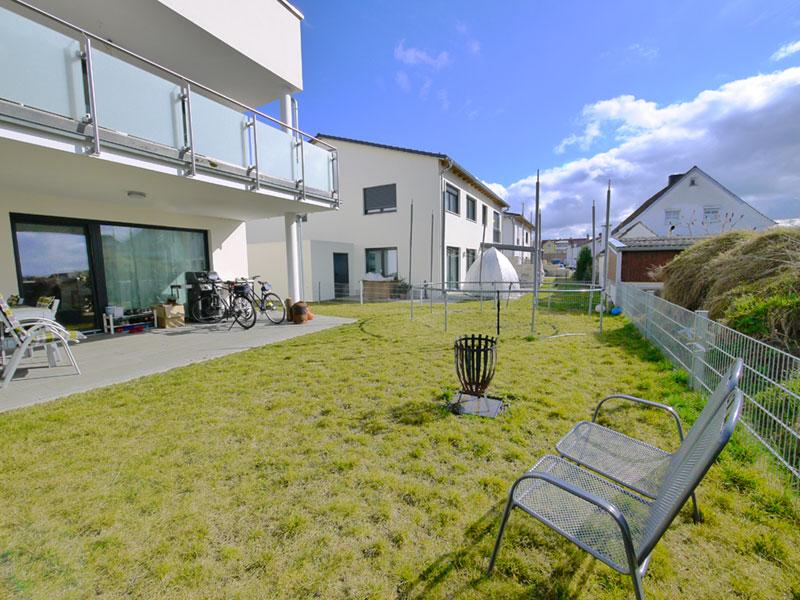 Neuwertige 3-Zimmer-Erdgeschoss-Wohnung mit TG-Stellplatz in Top-Lage am Sulzpark von Beilngries